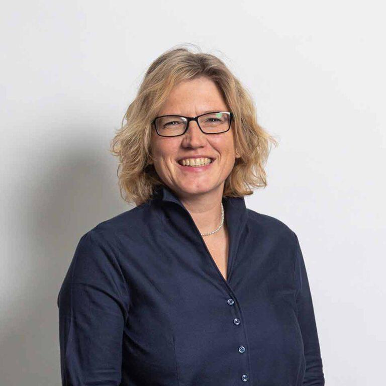 Susanne von Trebra - Aremo Motoren